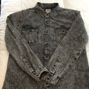 Levi's faded black denim casual button up XL
